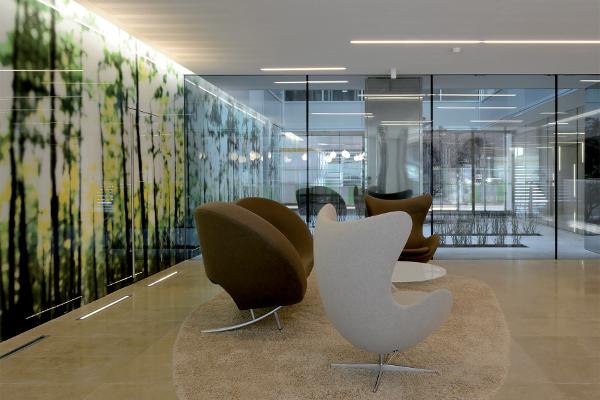 Panneaux en verre sérigraphié Séristal - Macocco, 2/3/4 Architecture, installateur S.T.A.V. ©Nicolas Fussler