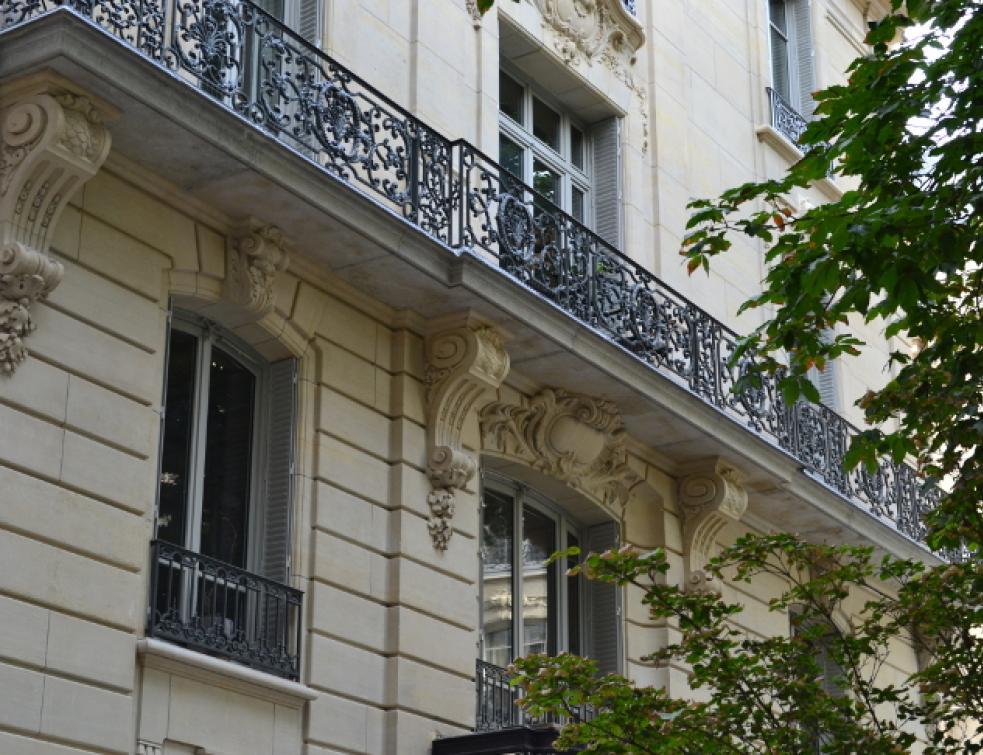 Rénovation Des Fenêtres De 40 Logements Dun Immeuble Haussmannien